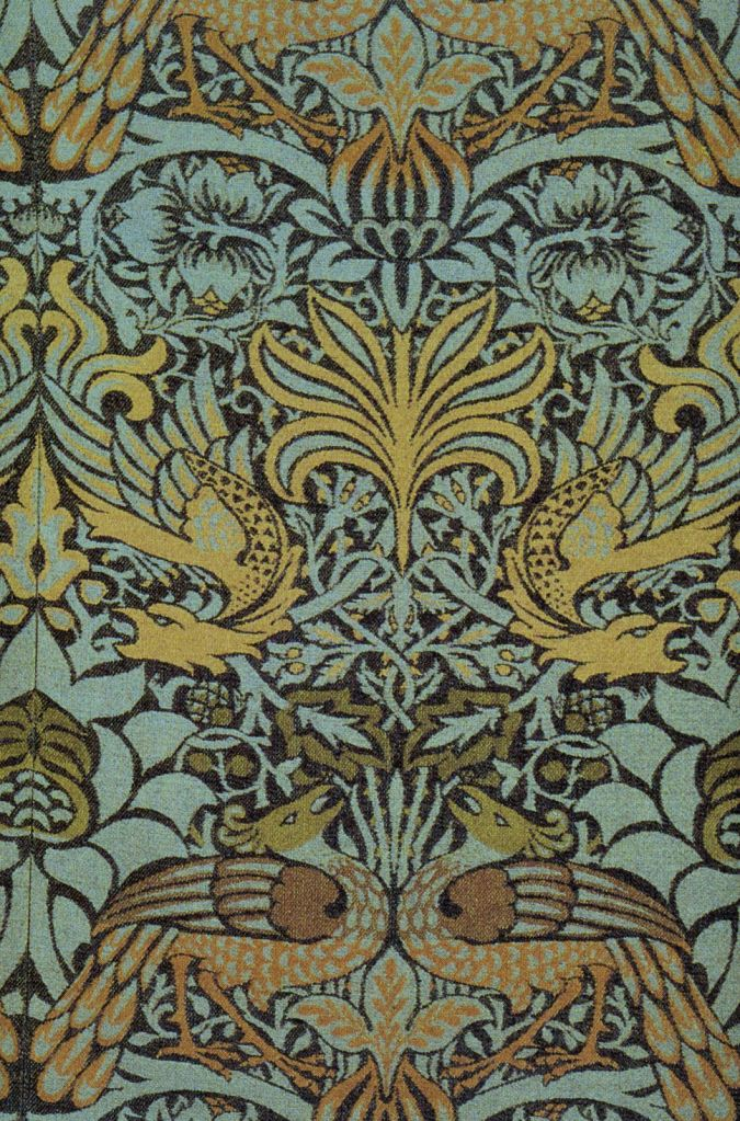Morris_Peacock_and_Dragon_Fabric_1878_v2