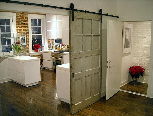 Interior sliding barn doors homes of the brave for Inside sliding doors