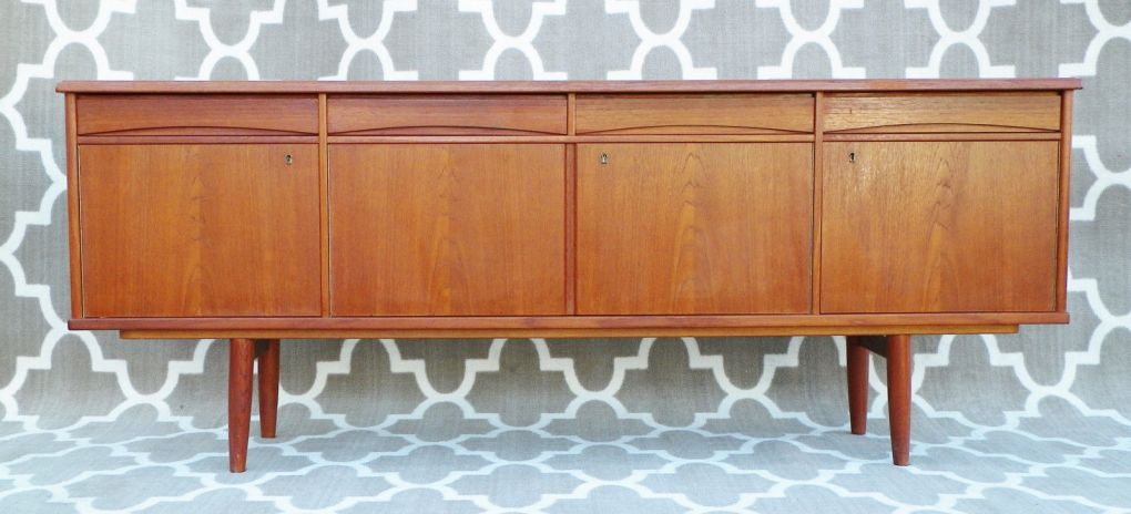 DANISH-MODERN-MID-CENTURY-MODERN-AWESOME-TEAK-LONG-CREDENZA-EAMES