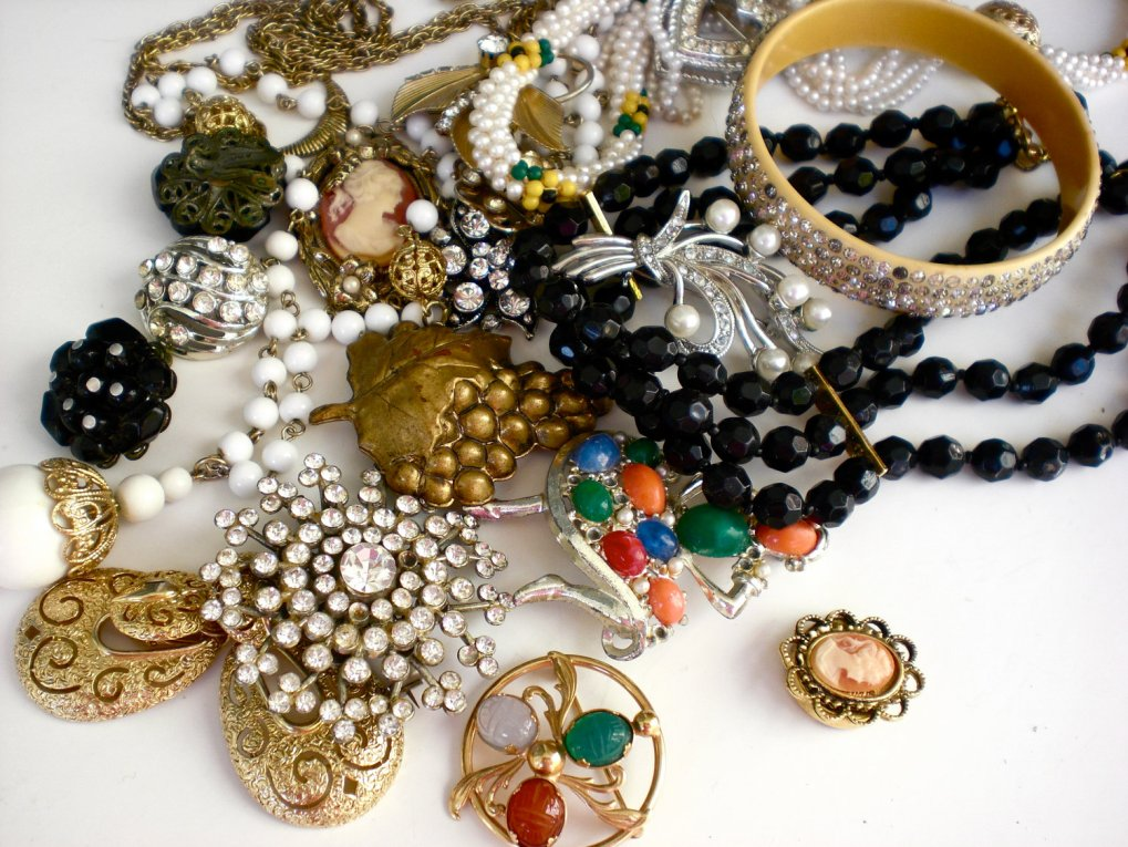 vintage-antique-jewelry1